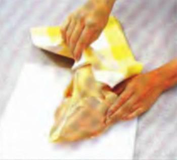 Чистое хлопчатобумажное полотенце