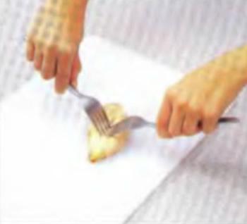 Разделите мясо на волокна
