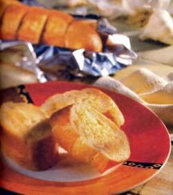 Фото готового чесночного хлеба