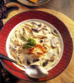 Фото готового грибного супа