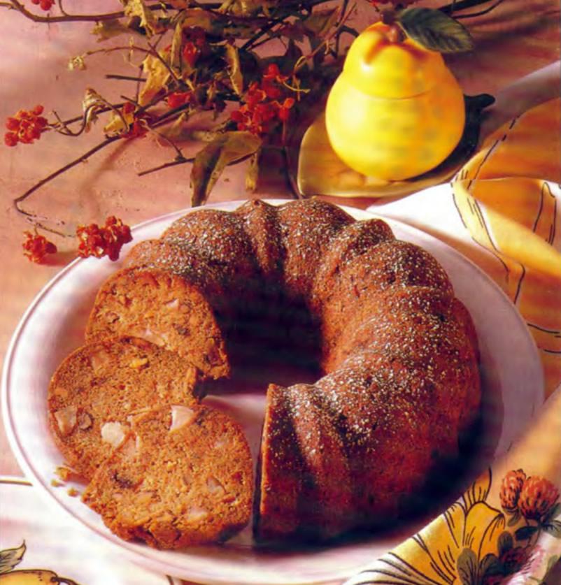 Фото готового грушевого торта