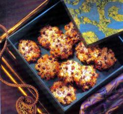 Фото готового печенья с кокосом