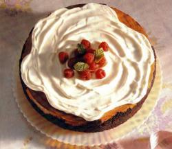 Фото готового пирога с малиной