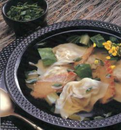 Фото готового супа «Вонтон»