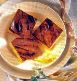 Фото готовых пирожных с ирисом