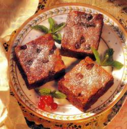 Фото готовых шоколадных пирожных