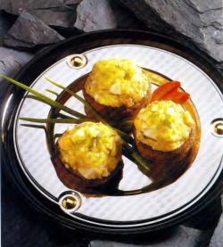 Фото готовых яиц с шампиньонами