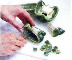 Как нарезать болгарский перец