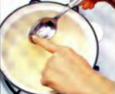 Шаг 2. Проверка готовности желатина