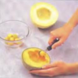 Шаг 5. Приготовление дынных шариков
